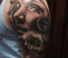 Lady & Skull